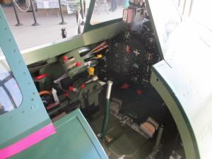 紫電改操縦席模型紫電改操縦席模型2